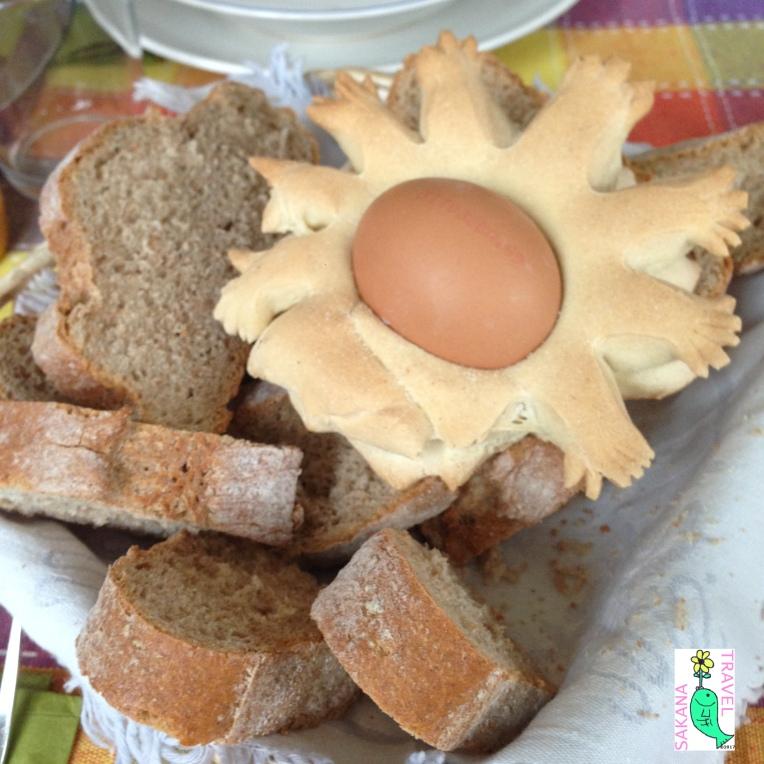 sardinia-traditional-bread